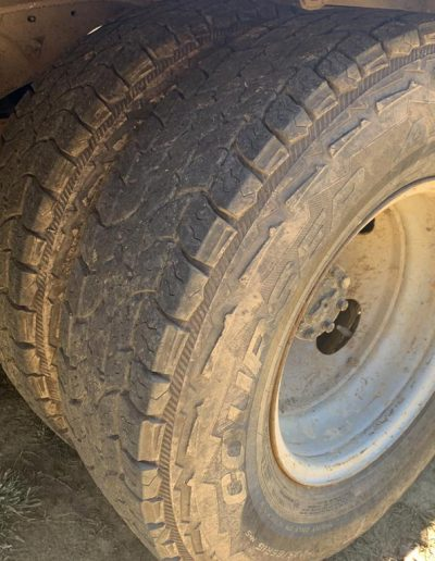 Lot14-truck-ford-f350-2001-1h