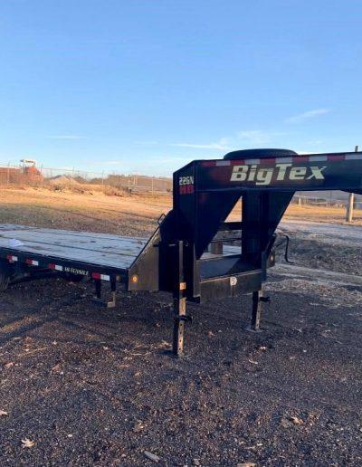 lot-100-2017-big-tex-mega-ramp-gooseneck-trailer2