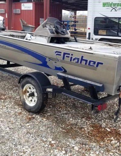 lot-34-fisher-17-ft-dominator-boat1