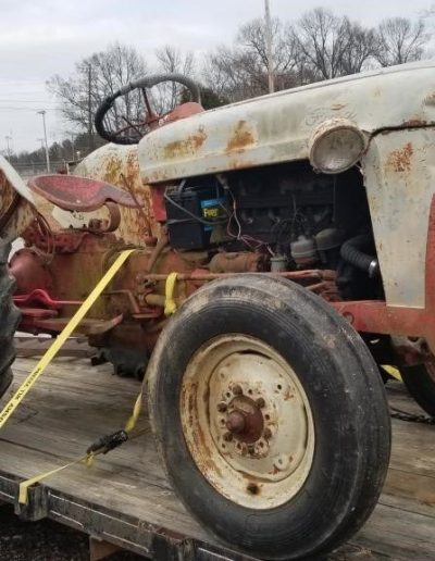 lot-42-ford-600-tractor1