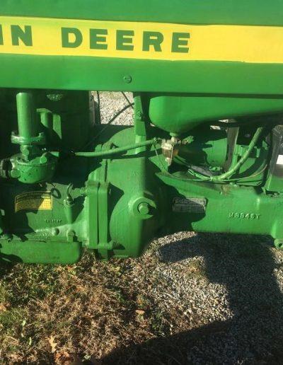 lot-52-420-john-deere-tractor4