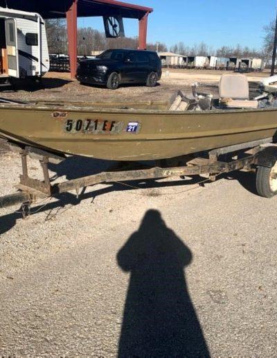 lot-59-14ft-boat-w-motor1