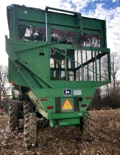 lot-61-9965-john-deere-4-row-cotton-picker2