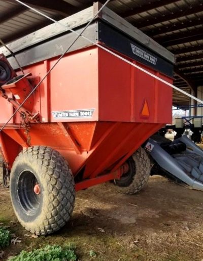 lot-62-uft-400-bushel-grain-cart1