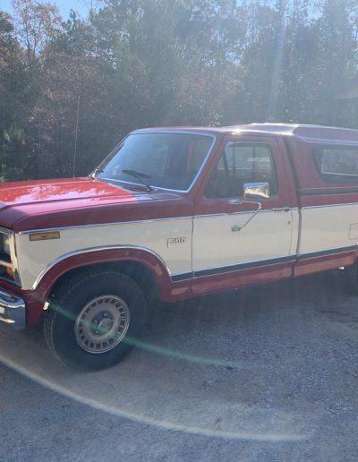 lot32-ford-f100-19831b