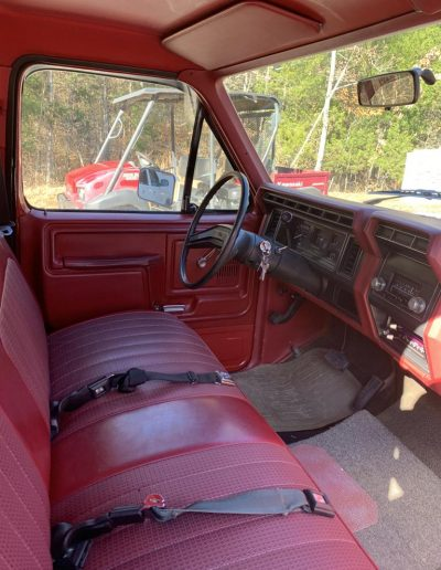 lot32-ford-f100-19831g
