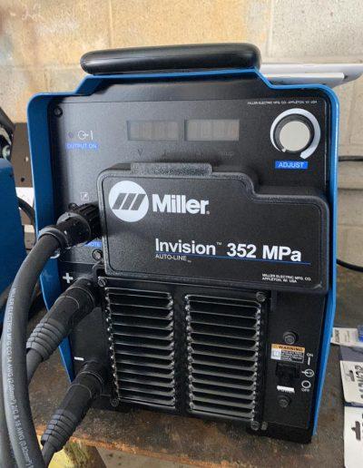 mig-welder-invision-352-mpa1b